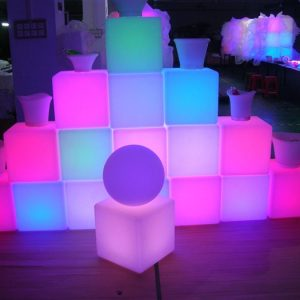 CUBO LED COLORES